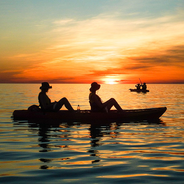 Sunset sea kayak around Cable Beach in Broome.